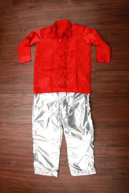 RED SHIRT AND PANT