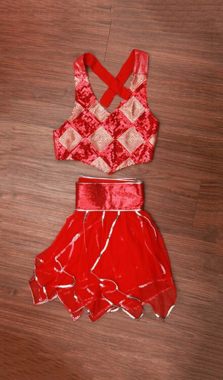 FLARE RED SKIRT AND TOP