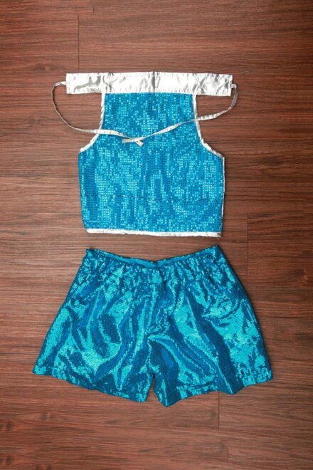 BLUE HOT PANT AND TOP