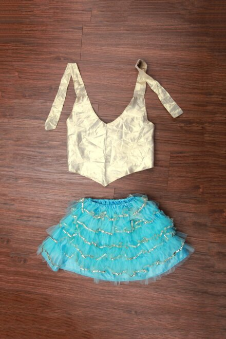 FRILL SKIRT AND TOP