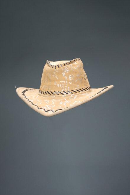 LATTE HAT
