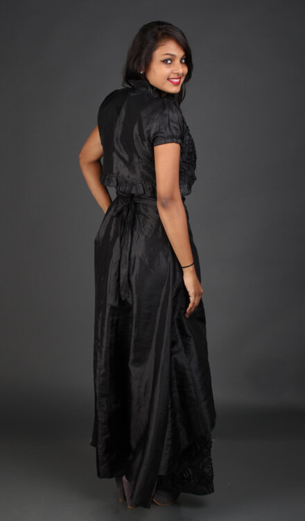 BLACK ROSE GOWN